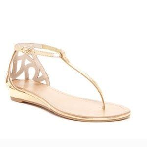 seychelles gold metallic sandal shoe with T Strap
